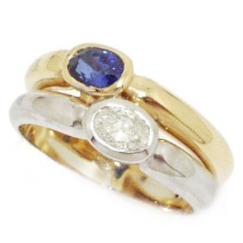 ring 18kt ovale diamond with ovale sapphire