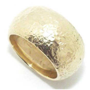 ring 18kt rounded hammered
