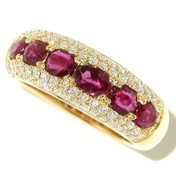 ring rounded for ovale rubies with pavé aside