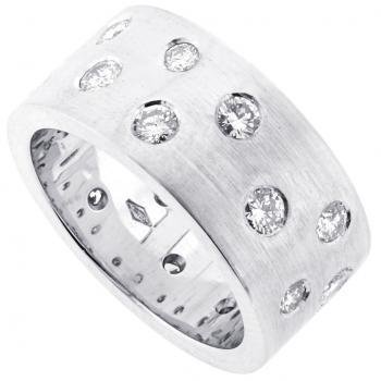 wide ring with brilliant cut diamonds of various widths in random spaghettisetting