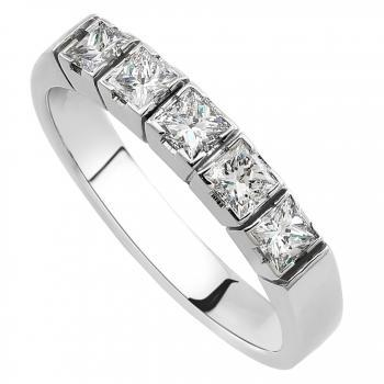 wedding or anniverasy ring with princess cut diamonds set in square blockchatons