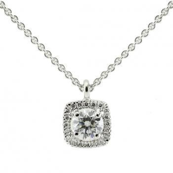 entourage pendant with a central brilliant cut diamond with a cushion shaped entourage with castle set diamonds nclusive rolo -or força chain(extra ring on 2cm)