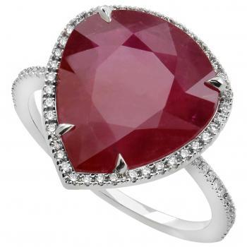 halo ring with a pear-shaped ruby 7.54ct Mozambique surrounded by castle set brilliant cut diamonds IGL-Cert. J83391656BE