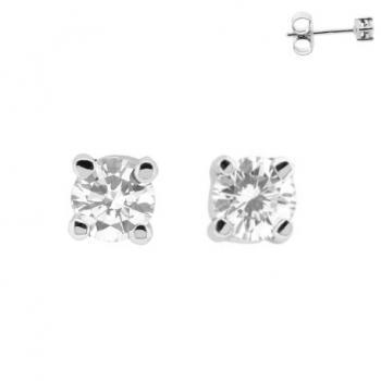 solitaire earrings  to pierce with brilliant cut diamonds