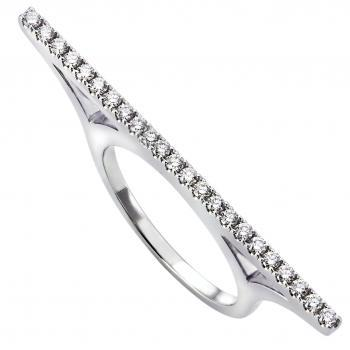 ring brilliants highwaybridge castle set with brilliant cut diamonds