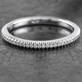 handmade wedding ring rounded aside, flat on the side and the inside with soft inner edges (higher der D-shape)