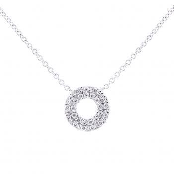 necklace with a circle castle set with two rows of brilliant cut diamonds