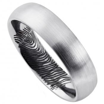 wedding ring slightly rounded also on the inside with a fingerprint black lasered engraved