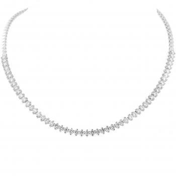 tennis necklace with brillant cut diamonds