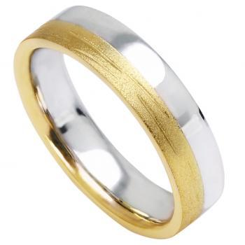 wedding ring with one half bright and one half finished with satin cut line structure. Inside paralyzed.