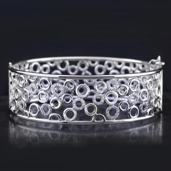 bracelet bangle with small rings castel set with brilliant cut diamonds