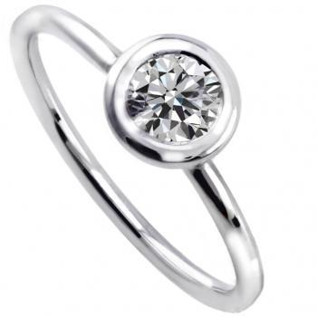 solitaire ring with a brilliant cut diamond set in a donut with a thin border mounted on a thin rounded band with two rods (wearable together with different heights)