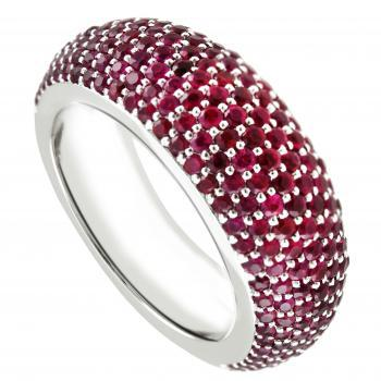 pavéring rounded with rubies