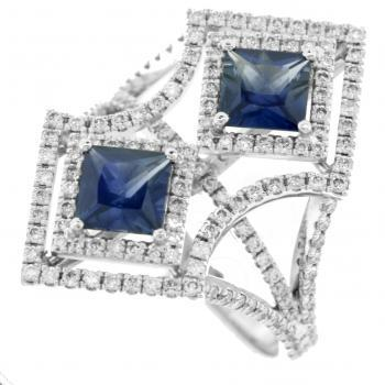toi et moi ring with two square cut sapphires and brilliant cut diamonds